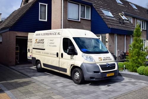 Servicebus voor renovatie, herstel, onderhoud en nieuwe vloeren
